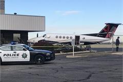 Cô gái trẻ lấy trộm máy bay rồi gây tai nạn