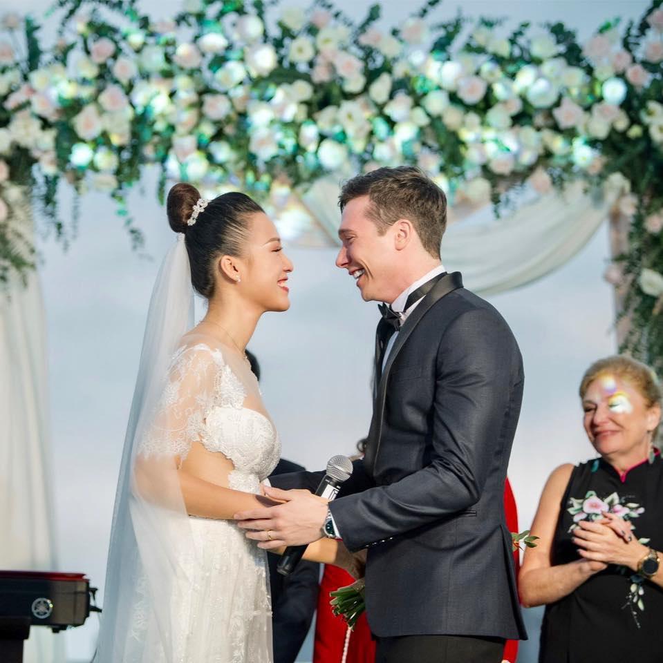 Hạnh phúc đáng ngưỡng mộ của 2 MC Việt xinh đẹp lấy chồng Tây năm 2019 - 8