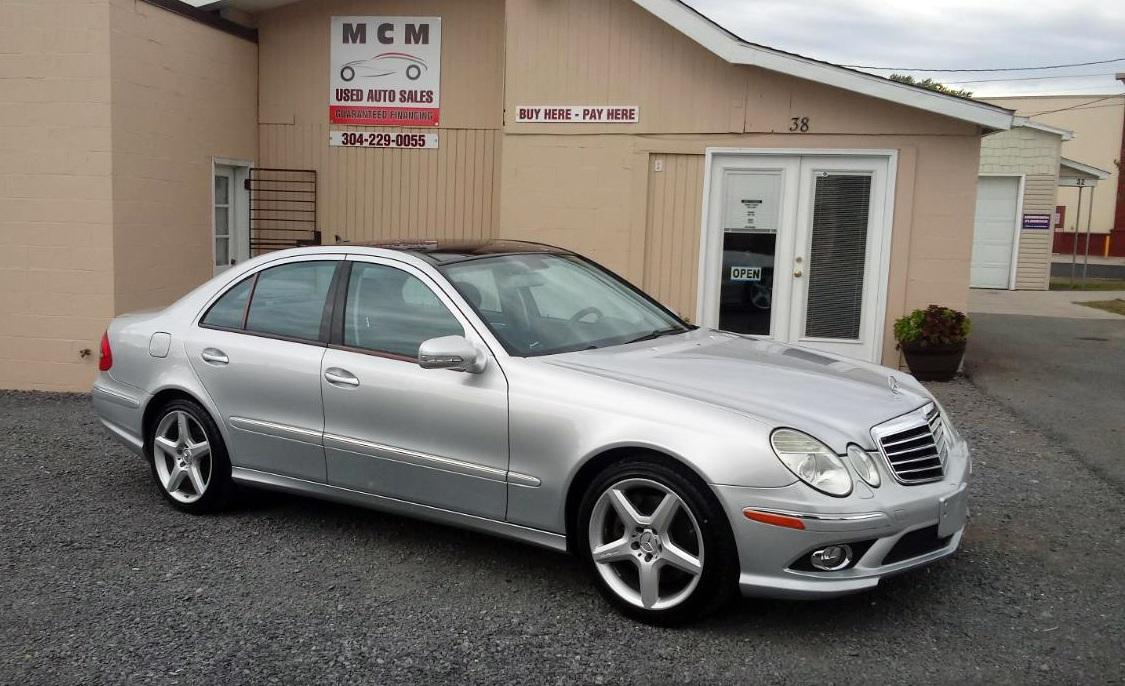Mercedes-Benz triệu hồi gần 745.000 xe vì nguy cơ rơi cửa sổ trời - 1