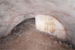 Phát hiện căn phòng bí mật nằm dưới cung điện gần 2000 năm tuổi