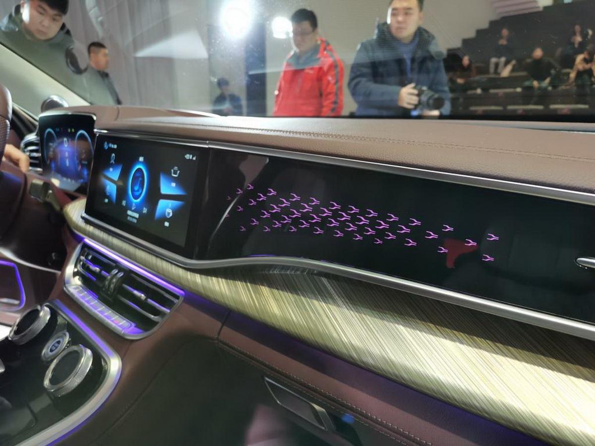 Hongqi H9 có gì để thách đấu bộ 3 xe sang Đức? - 13