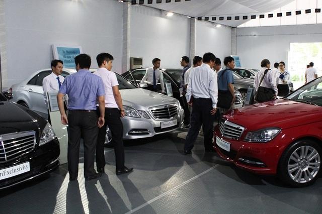 Dân Việt chi tiền khủng mua xe xịn, doanh nghiệp đổ tỷ đô nhập linh kiện - 5