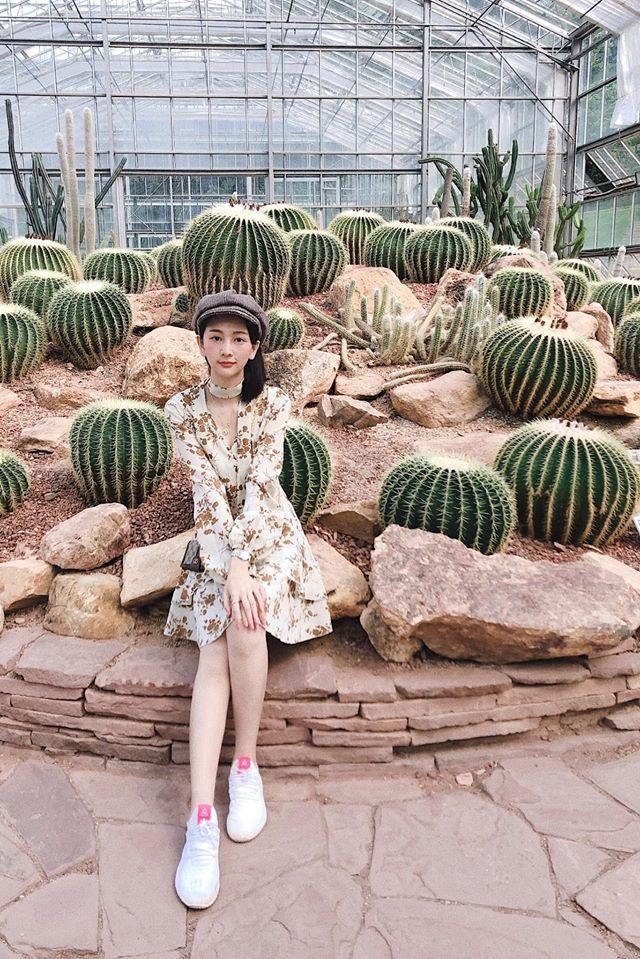 Nữ trợ lý phiên dịch xinh đẹp của U23 Việt Nam ở Thái Lan - 5