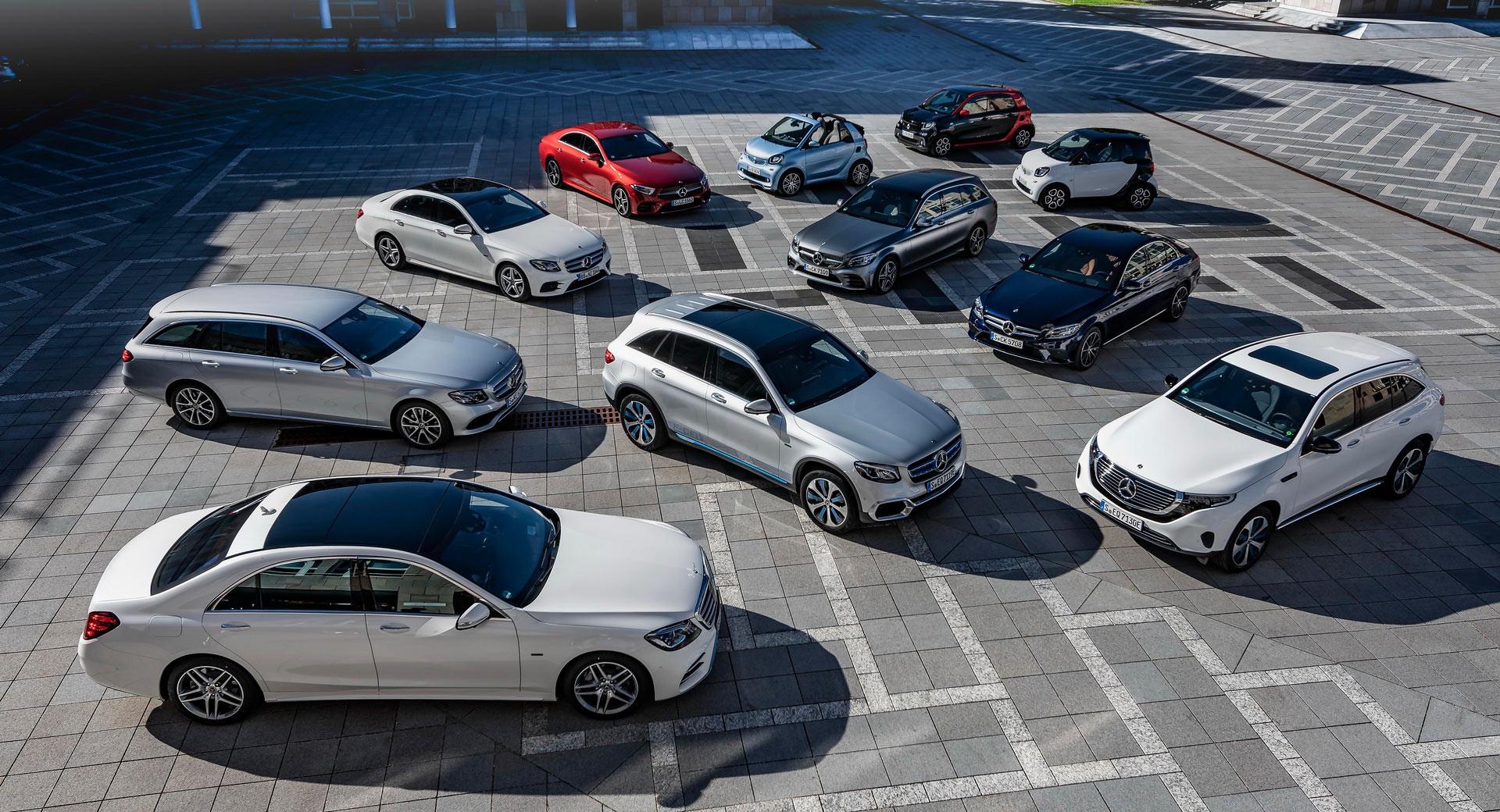 Gay cấn cuộc đua giữa BMW và Mercedes trên thị trường xe sang - 1