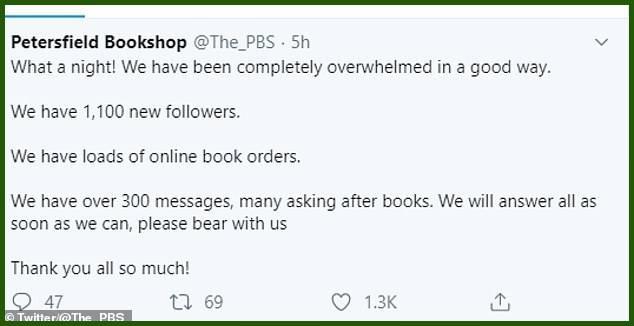 Lần đầu tiên trong 100 năm, hiệu sách ế không bán nổi một quyển - 3