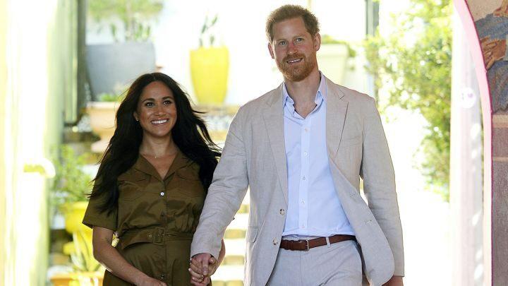 Vừa ra ở riêng, vợ chồng Hoàng tử Harry tính mua biệt thự 27 triệu USD ở Canada - 1
