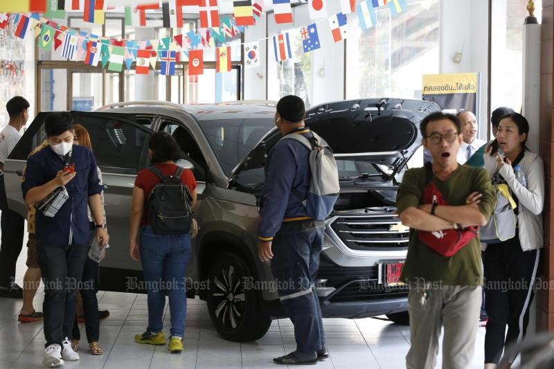 GM đại hạ giá xe Chevrolet trước ngày đóng cửa tại Thái Lan - 1