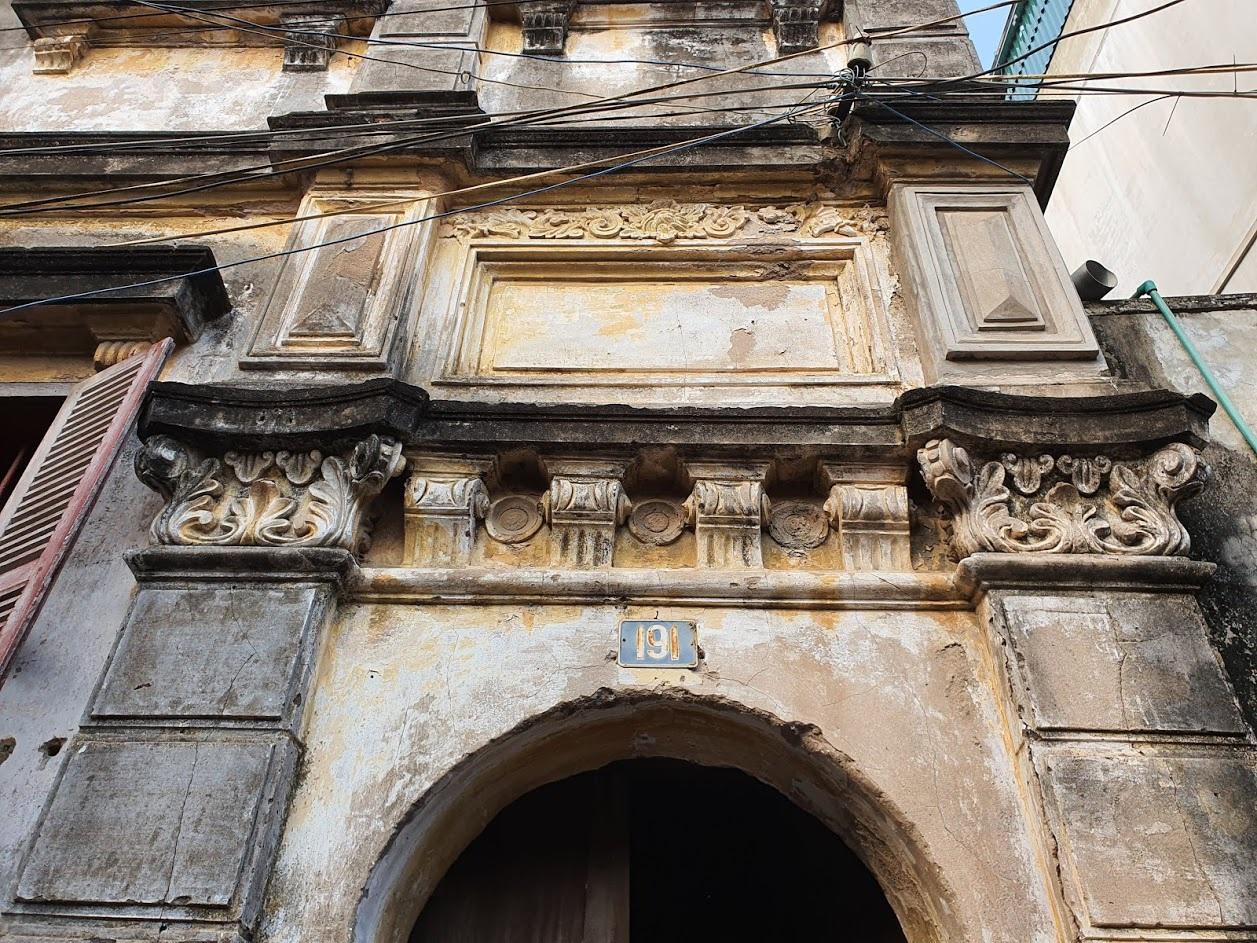 Căn biệt thự Pháp cổ 100 tuổi của đại gia làng miến nức tiếng Hà Nội xưa - 1