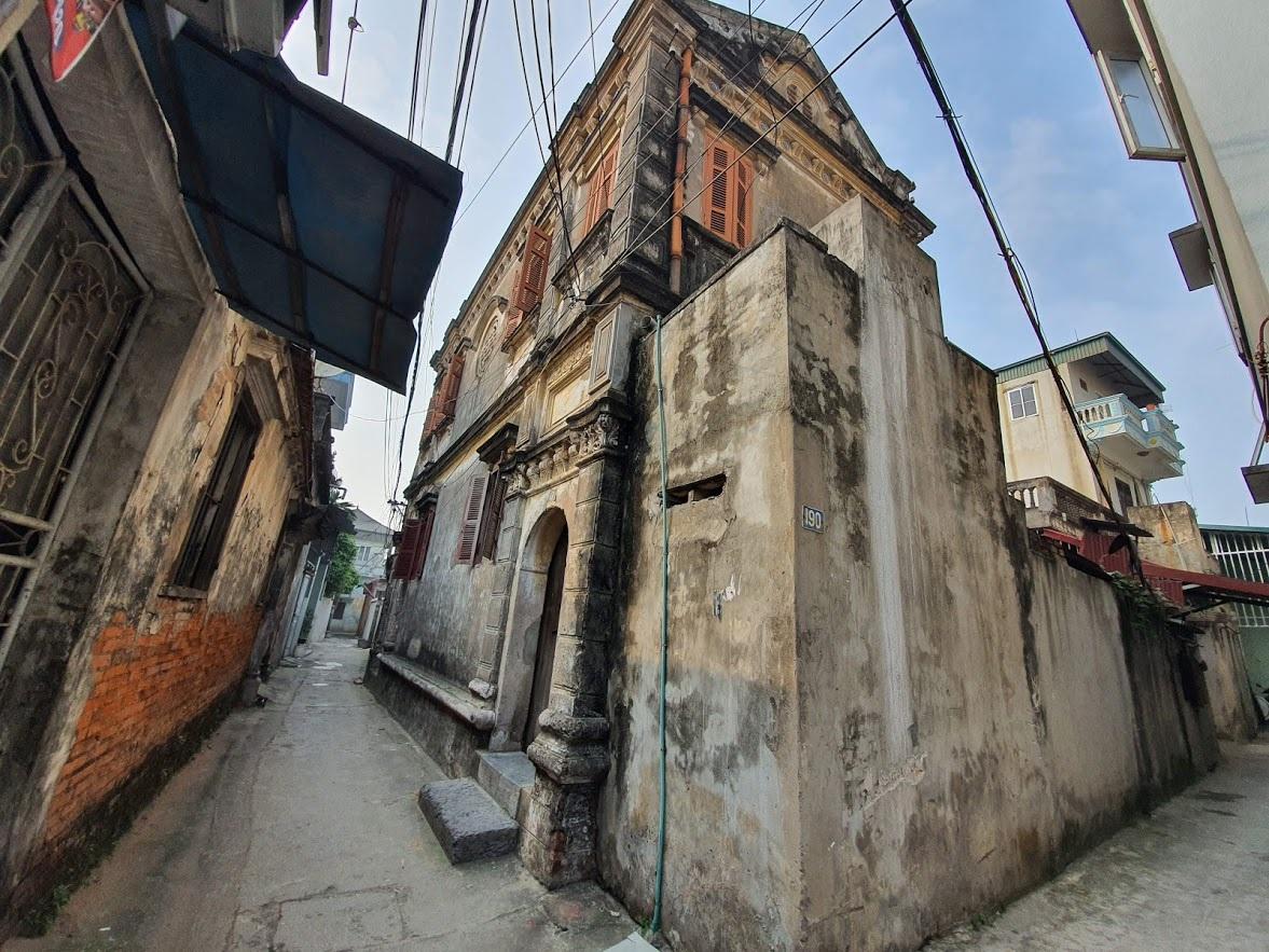 Căn biệt thự Pháp cổ 100 tuổi của đại gia làng miến nức tiếng Hà Nội xưa - 2