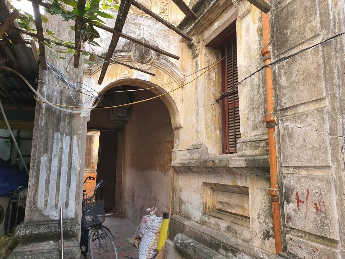 Căn biệt thự Pháp cổ 100 tuổi của đại gia làng miến nức tiếng Hà Nội xưa - 4