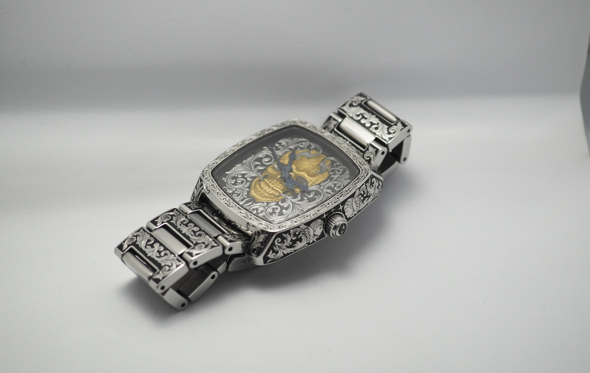Độc đáo nghề chạm khắc đồng hồ ở Hà Nội - 15