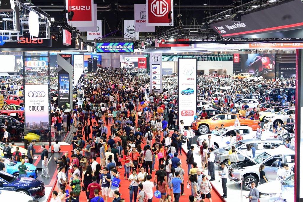 Hàng loạt triển lãm ô tô lớn bị hoãn, huỷ vì đại dịch Covid-19 - 1