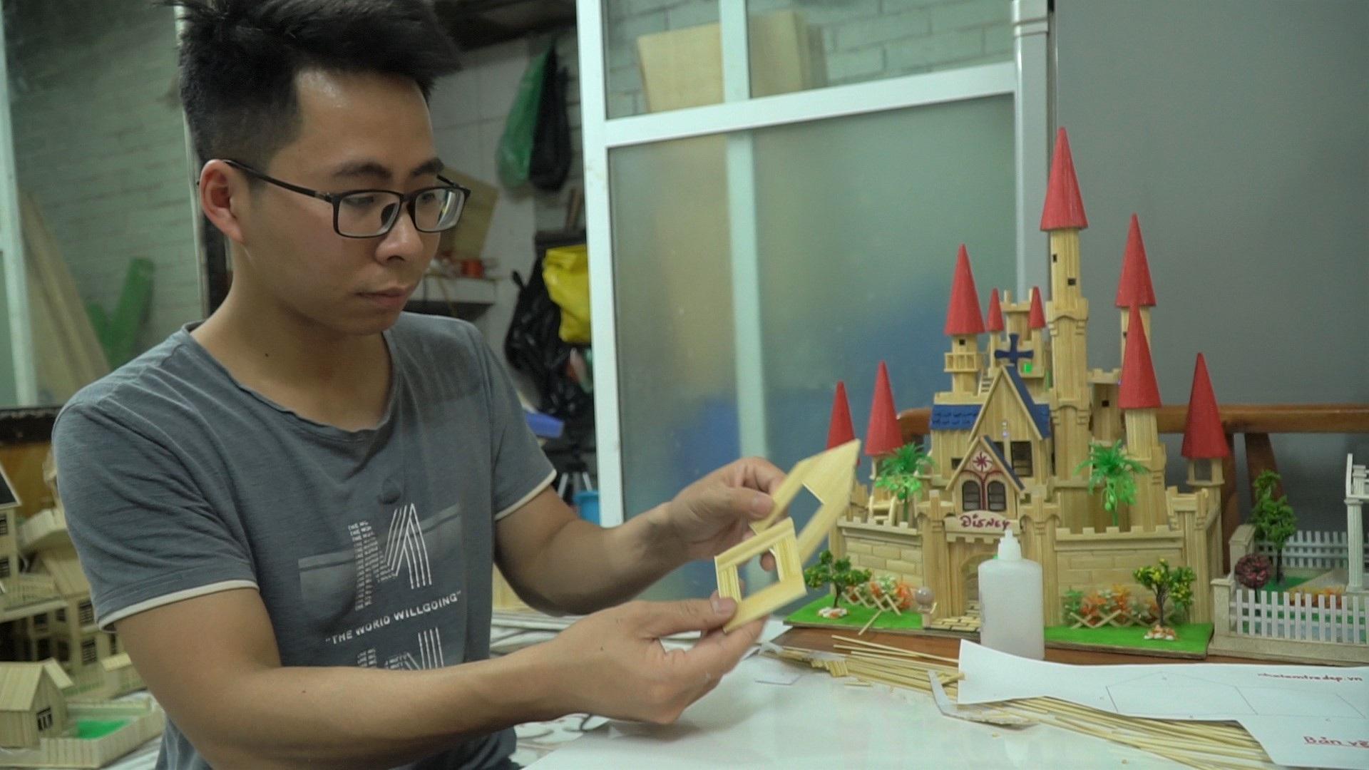 Chàng trai 10 năm xây biệt thự, lâu đài từ tăm tre - 6