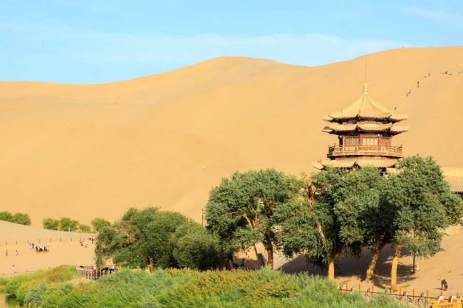 Bên trong ốc đảo 2.000 năm tuổi giữa sa mạc ở Trung Quốc - 5