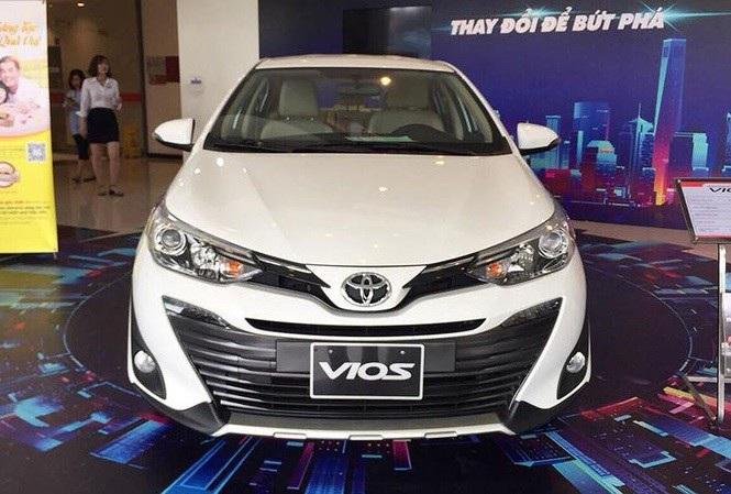 Ôtô nội sắp được giảm lệ phí trước bạ 50% - 1