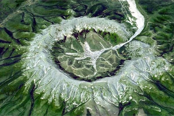 'Núi kho báu' chứa nhiều quặng bạch kim, vàng và kim loại có giá trị cao