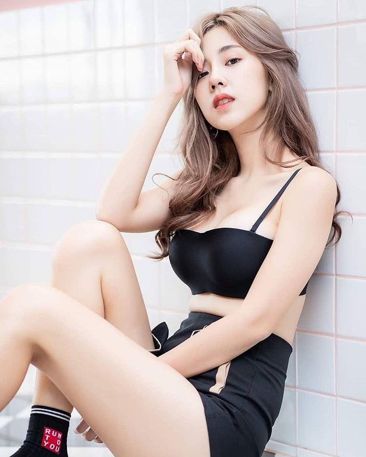 Nụ cười tỏa nắng của hot girl Thái Lan hút nửa triệu fan trên mạng xã hội - 13