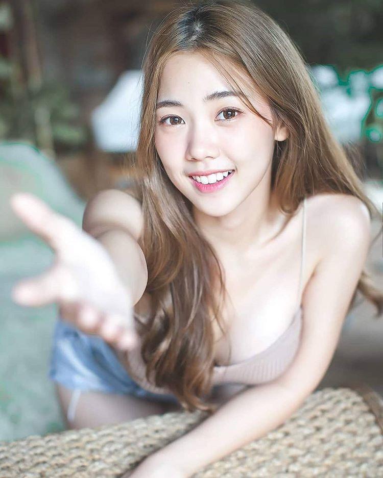 Nụ cười tỏa nắng của hot girl Thái Lan hút nửa triệu fan trên mạng xã hội - 7