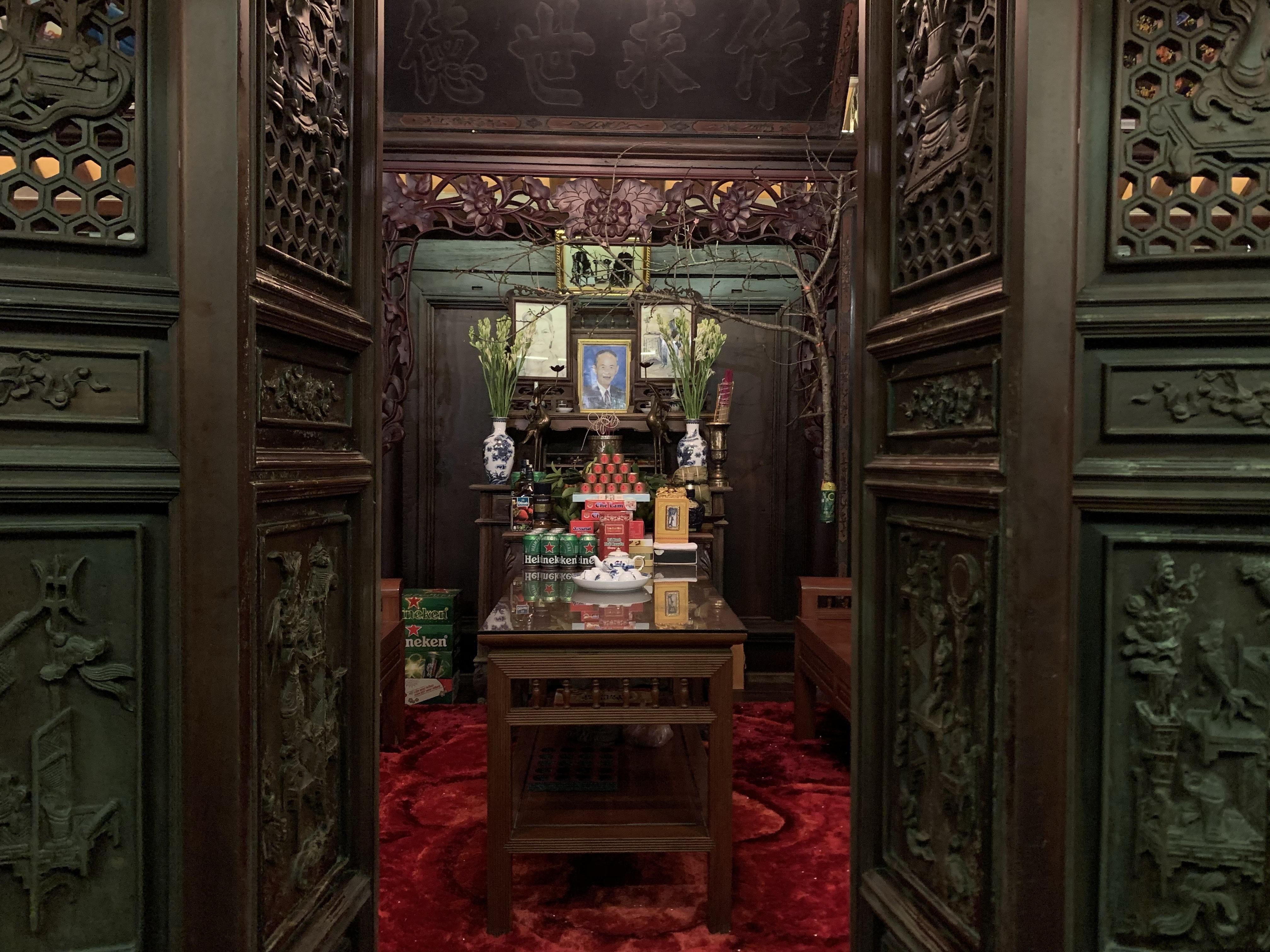 Cận cảnh nhà cổ trăm tuổi toàn bằng gỗ quý, đẹp hiếm có ở Nam Định - 6