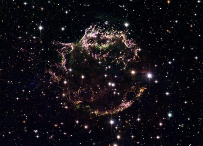 23 bức ảnh tuyệt đẹp gửi đến từ Vũ trụ - 20