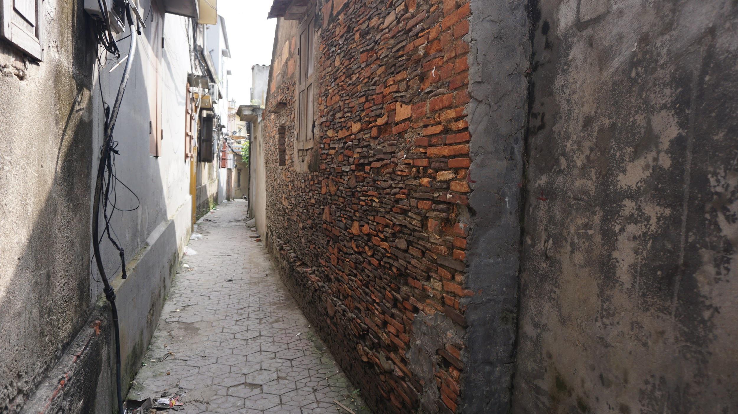 Kỳ lạ làng có những ngôi nhà xây bằng tiểu sành độc nhất ở Việt Nam - 9