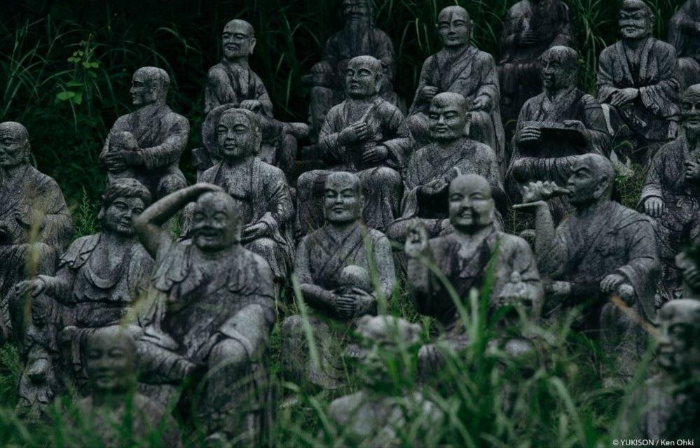 Hơn 800 bức tượng bỏ hoang gây rùng rợn, ám ảnh  Hon-800-buc-tuong-bo-hoang-gay-rung-rondocx-1588556591377