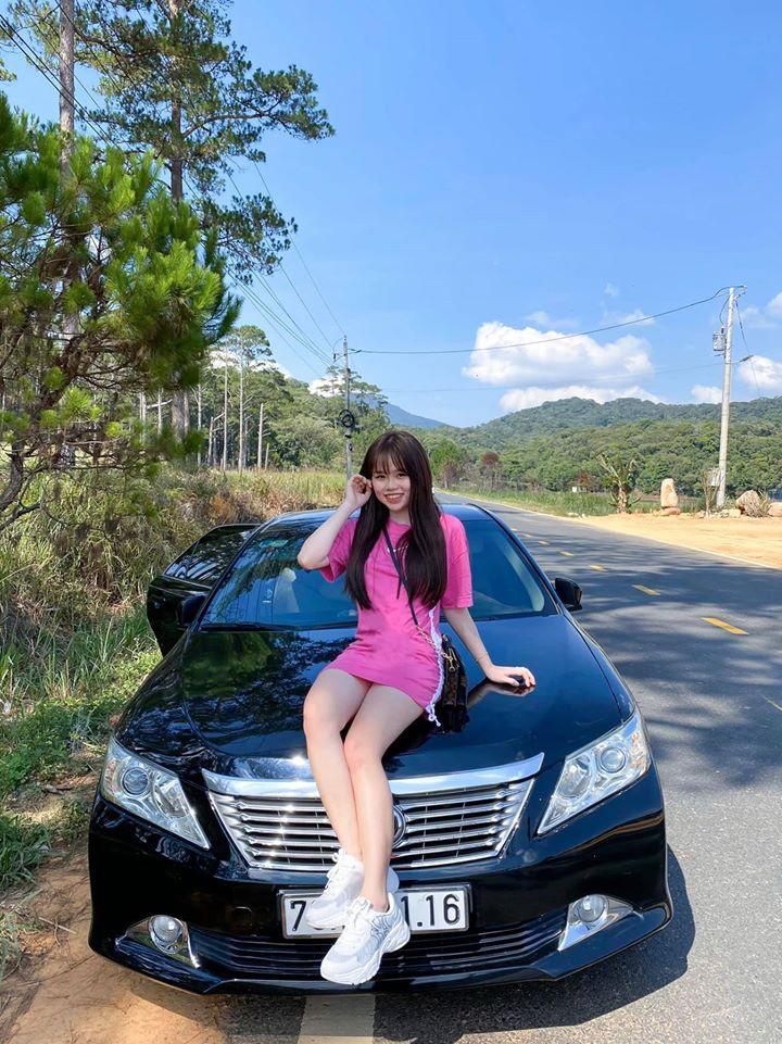 Bạn gái mới của Quang Hải là du học sinh sành điệu - 10