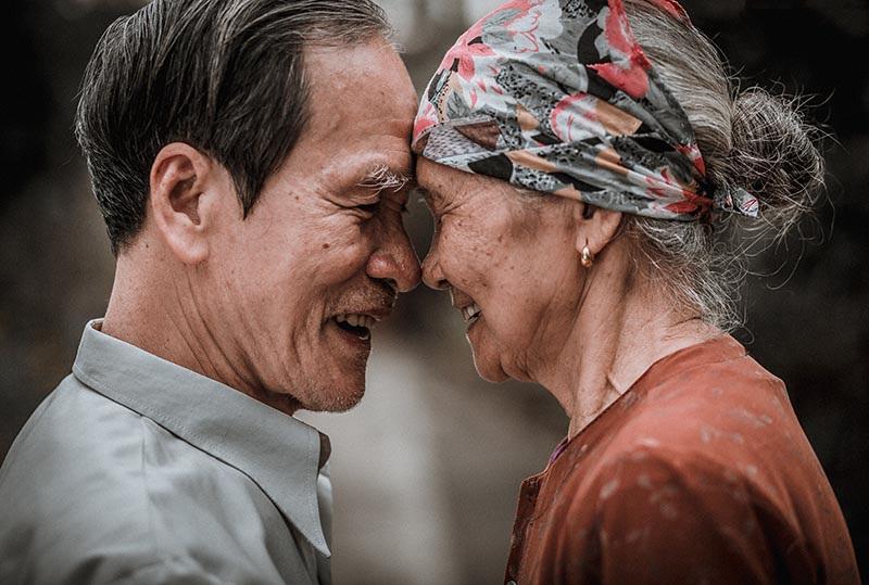 Câu chuyện tình yêu 60 năm bình dị khiến dân mạng trầm trồ, ngưỡng mộ - 1