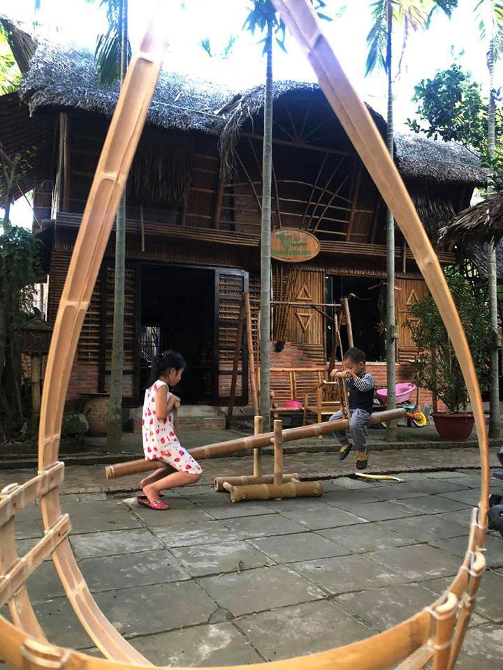 Ngôi nhà độc đáo làm bằng tre và dừa ở Hội An - 10