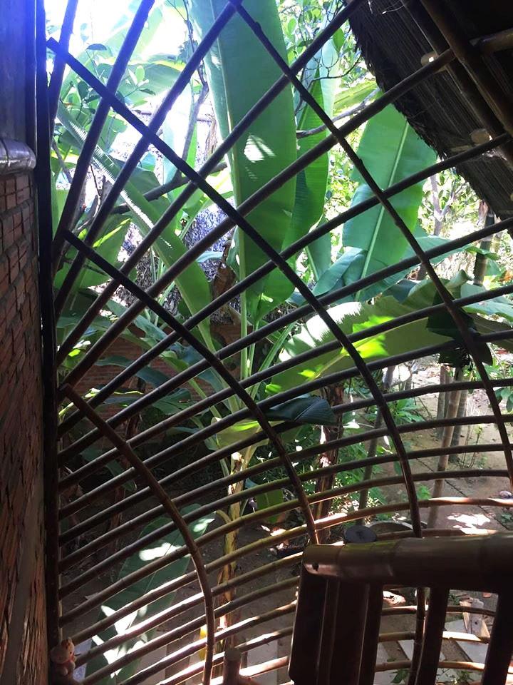 Ngôi nhà độc đáo làm bằng tre và dừa ở Hội An - 7