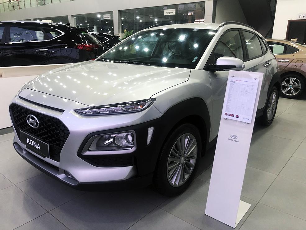 Ô tô quay đầu tăng giá dù chưa chốt ngày giảm 50% lệ phí trước bạ - 1