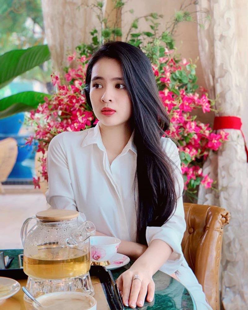 Hoa khôi ĐH Tôn Đức Thắng xinh đẹp, sở hữu cái tên đặc biệt - 6
