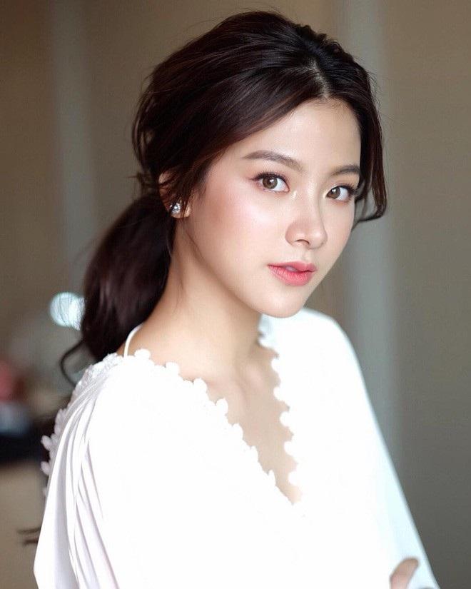 Nữ sinh 10X có nét đẹp giống diễn viên Thái Lan phim Friend zone - 2