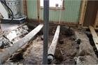 Giật mình phát hiện thấy ngôi mộ cổ 1000 năm tuổi nằm dưới sàn nhà