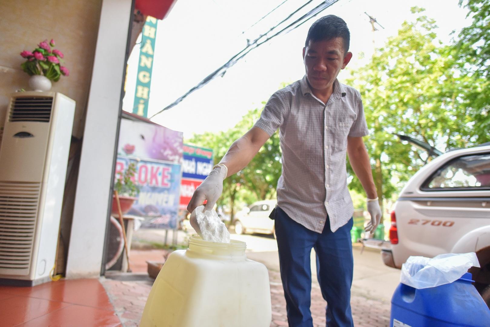 Cảnh bất thường ở khu cách ly đón thương lái Trung Quốc sang thu mua vải - 3