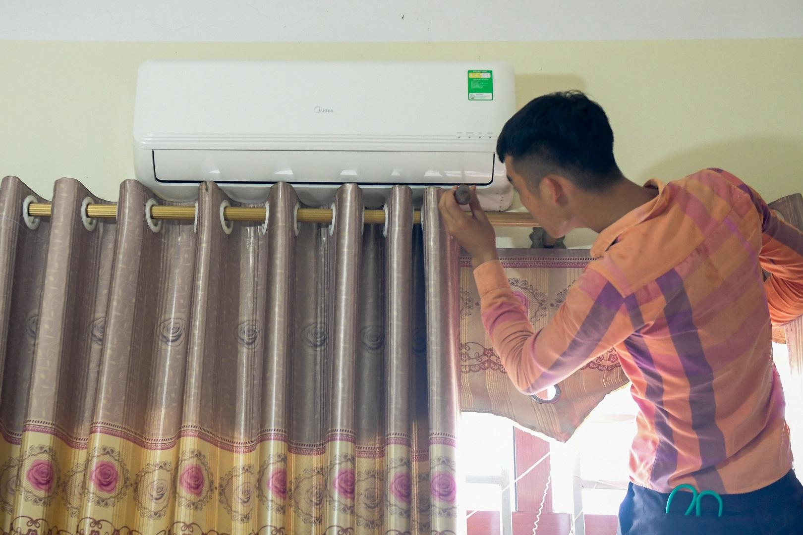 Cảnh bất thường ở khu cách ly đón thương lái Trung Quốc sang thu mua vải - 13
