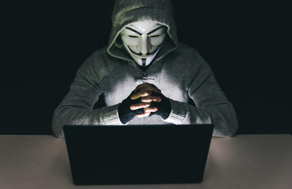 Nhóm hacker khét tiếng Anonymous bị mạo danh để tấn công cảnh sát Mỹ - 1
