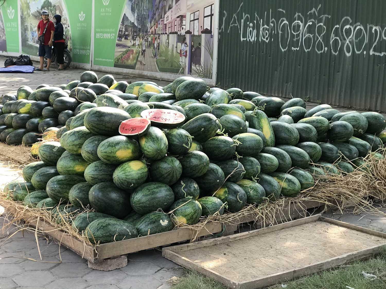 Hoa quả siêu rẻ tràn vỉa hè: Người tiêu dùng cẩn thận tránh sập bẫy - 9