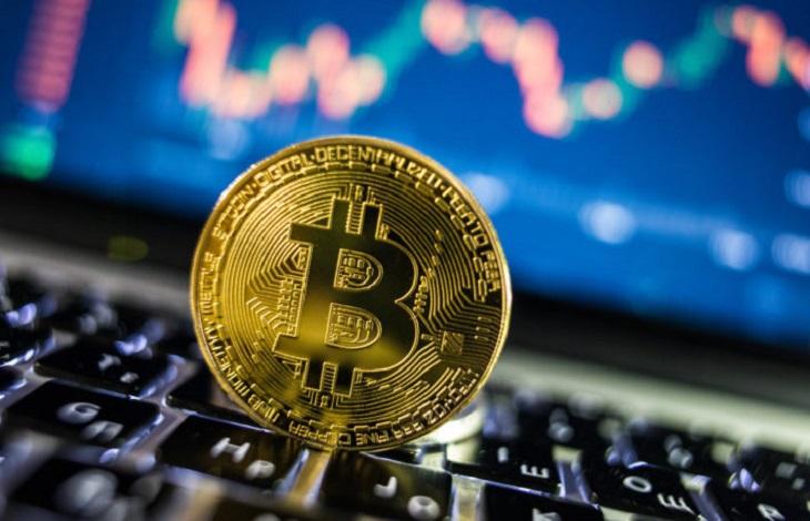 Dự báo gây sốc của Bloomberg: Bitcoin có thể tăng gấp đôi lên 20.000 USD - 1