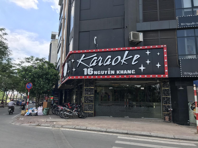 Quán karaoke tấp nập, nhộn nhịp trở lại sau chuỗi ngày ngủ đông - 10