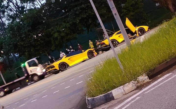 Cú va chạm triệu USD của hai chiếc Lamborghini Aventador S - 4