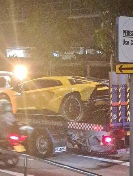Cú va chạm triệu USD của hai chiếc Lamborghini Aventador S - 5