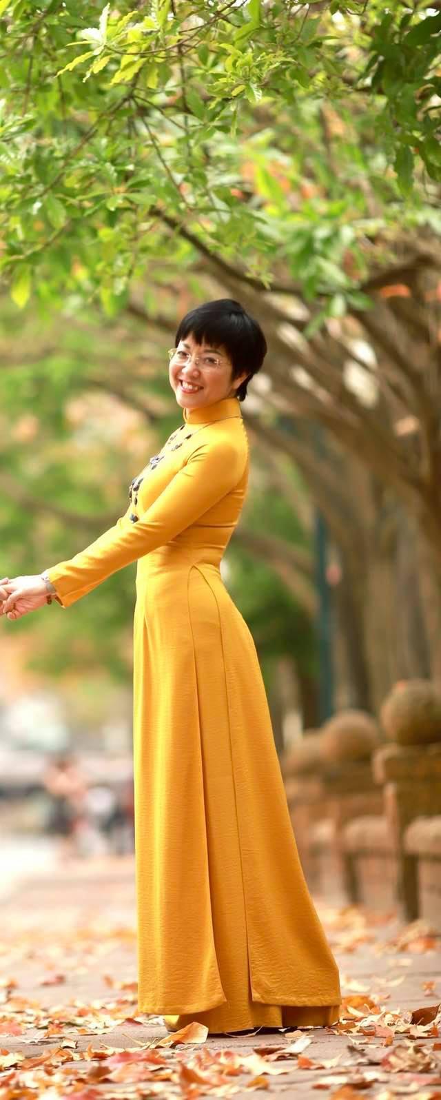 """MC Thảo Vân: """"Tôi vẫn luôn mong muốn có một gia đình êm ấm"""" - 1"""