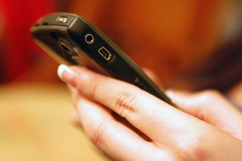 Di động, tán gẫu qua mạng và hiểm hoạ sexting với giới trẻ - 2