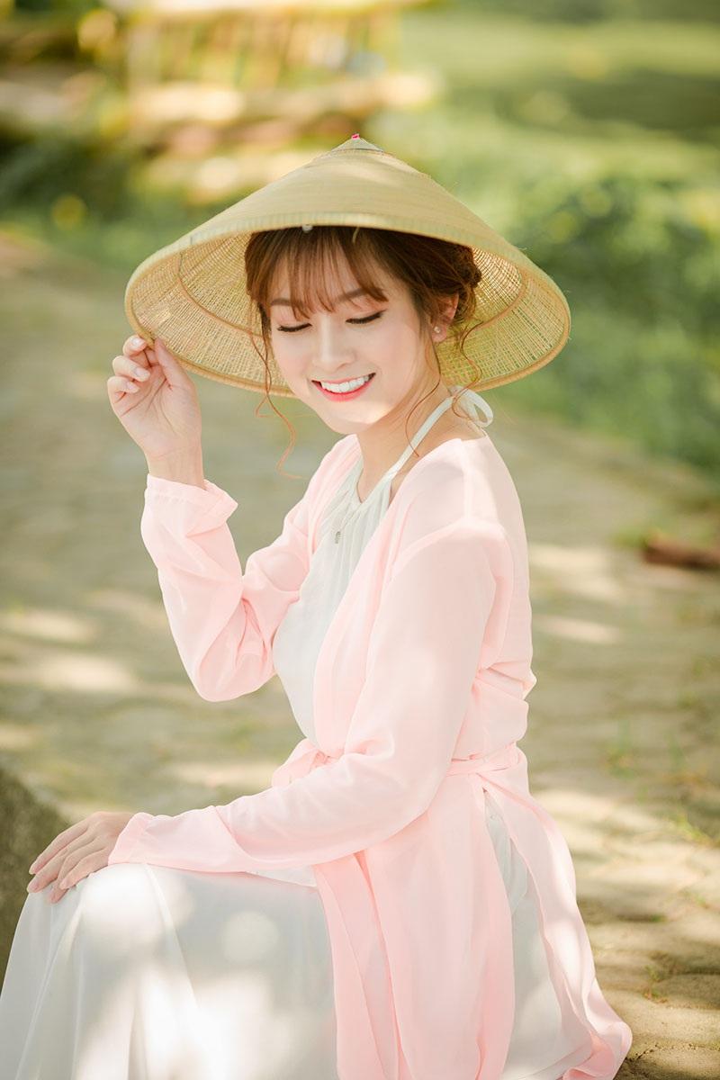 Nét duyên thầm của thiếu nữ quê quan họ Bắc Ninh trong bộ áo yếm - 2
