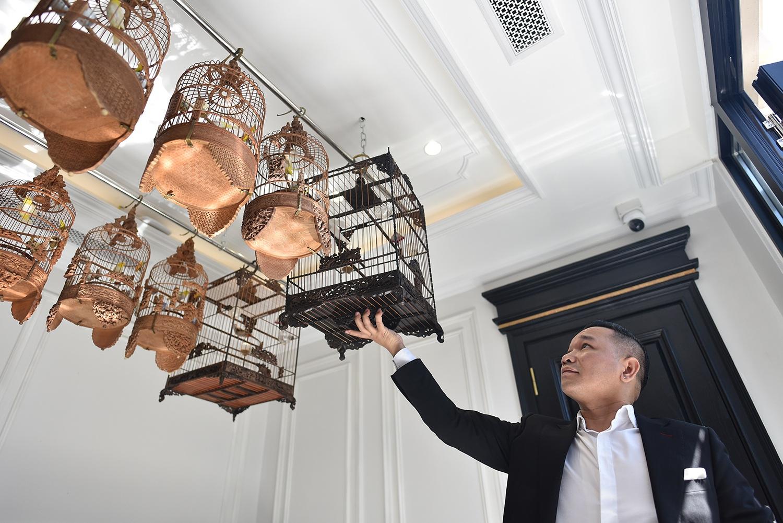 Cận cảnh bộ sưu tập lồng chim đắt đỏ giá 10 tỷ đồng của đại gia Việt - 9