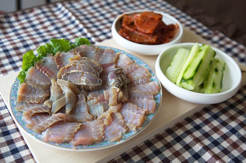 Những món ăn siêu kinh dị, có món ăn vào... dễ tử vong ở Hàn Quốc - 5