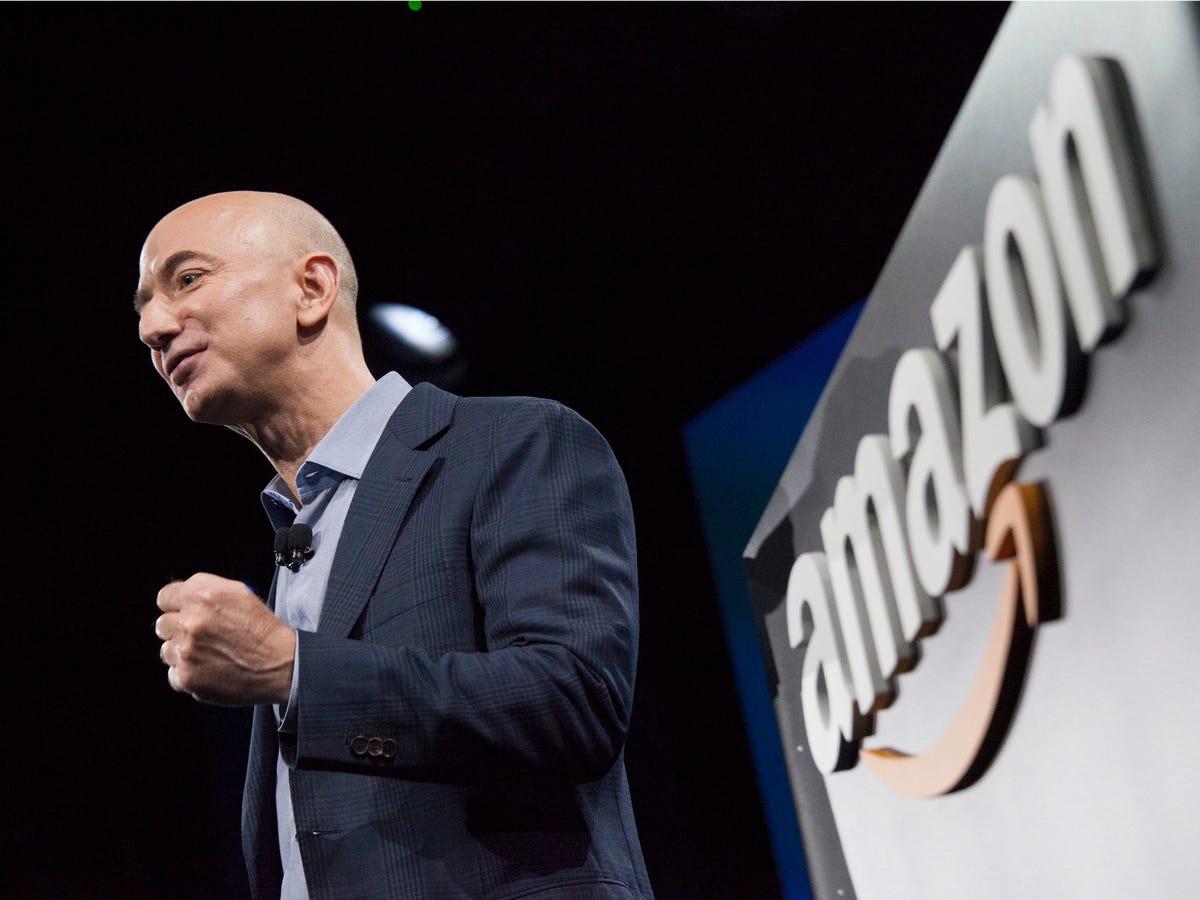 CEO Amazon Jeff Bezos: Từ tuổi thơ sóng gió tới ông chủ sở hữu 171 tỷ đô la - 1