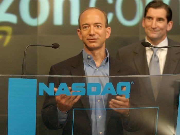 CEO Amazon Jeff Bezos: Từ tuổi thơ sóng gió tới ông chủ sở hữu 171 tỷ đô la - 9