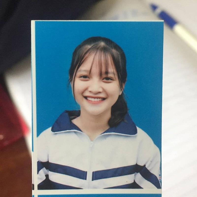 Nét đẹp dung dị của nữ sinh xứ Nghệ nổi tiếng nhờ một bức ảnh - 3